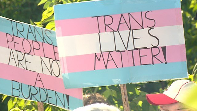 St. Louis transgender community gathers at rally in response to military ban. (Credit: KMOV)