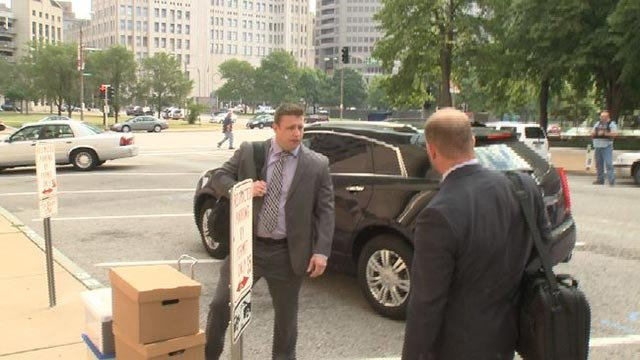 Jason Stockley arrives at St. Louis courthouse on Aug. 1, 2017 (Credit: KMOV)