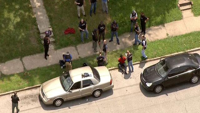 Heavy police presence in Granite City following chase Wednesday (Credit: KMOV)