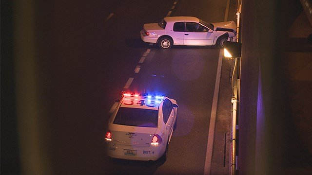The driver of a car lost control and crashed on Interstate 70 overnight, right in front of the Gateway Arch.(KMOV)