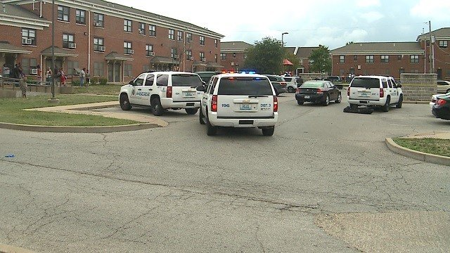 A man was killed in the Clinton-Peabody complex Monday afternoon. (Credit: KMOV)