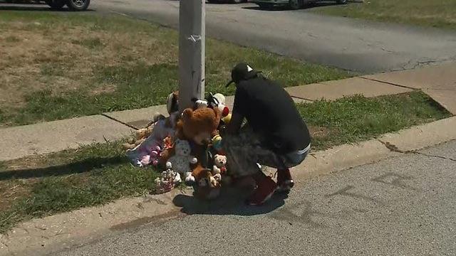A make-sure memorial for Mike Brown (Credit: KMOV)
