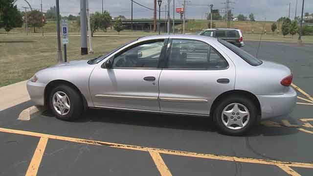 A mother apart of a program for professional and personal development thorough SIUE received a new car! (Credit: KMOV)
