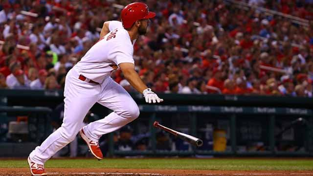 Paul DeJong #11 of the St. Louis Cardinals hits an RBI double against the Atlanta Braves in the second inning at Busch Stadium on August 11, 2017 in St. Louis, Missouri. (Photo by Dilip Vishwanat/Getty Images)