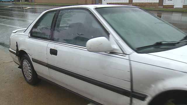 A delivery driver robbed at gunpoint taught his attackers a lesson; don't steal what you can't control. (Credit: KMOV)