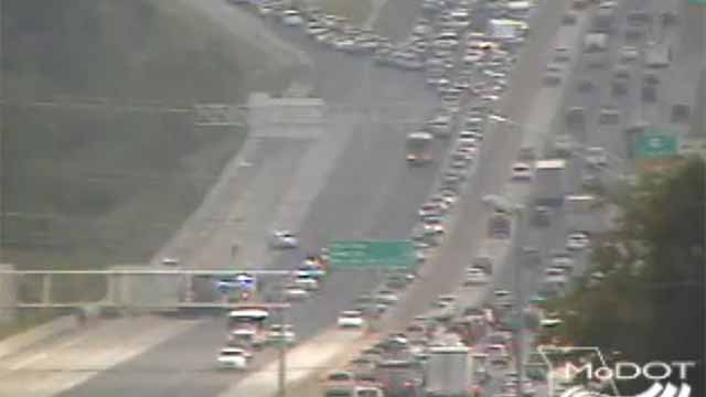A wreck at 270 and Page has closed several lanes of NB I-270 at Page. Credit: MoDOT