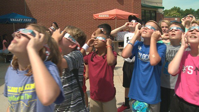 Solar Eclipse 2017 (Credit: KMOV)