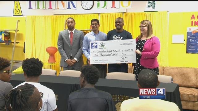 Isaac Bruce was at Carnahan High School to donate $10,000 towards a new weight room. Credit: KMOV