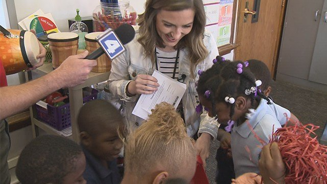 Students enjoy new instruments after KMOV Surprise Squad visit. (KMOV)