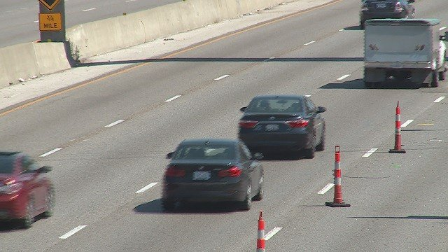 Drivers face hectic traffic on the first day of the Poplar Street Bridge closure. (Credit: KMOV)