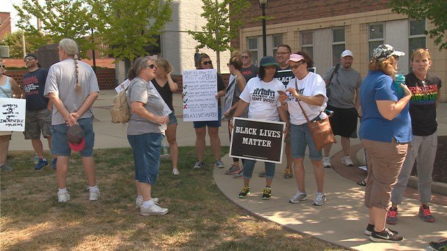 Protests over the not guilty verdict in the Jason Stockley case extended to the Metro East. (KMOV)
