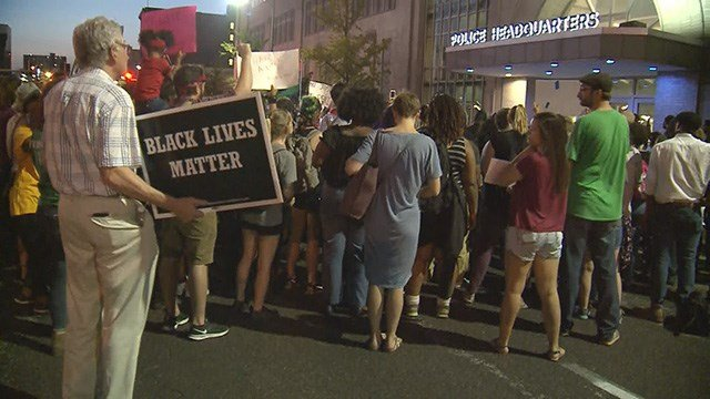 Protesters marched down Market and 16th St. in downtown St. Louis Monday evening. (Credit: KMOV)