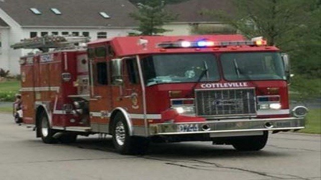 The Cottleville Fire Department was busy battling a pole barn fire Saturday morning. (Credit: KMOV)