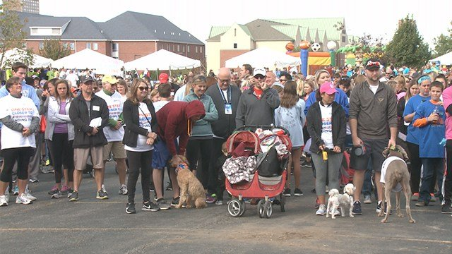 Thousands filled the streets of downtown St. Louis for JDRF walk. (Credit: KMOV)