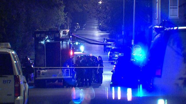 Police on scene of a standoff on Chippewa Wednesday night (Credit: KMOV)