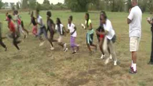 Students running at the Mason-Clark Middle School cross country practice (Credit: KMOV)