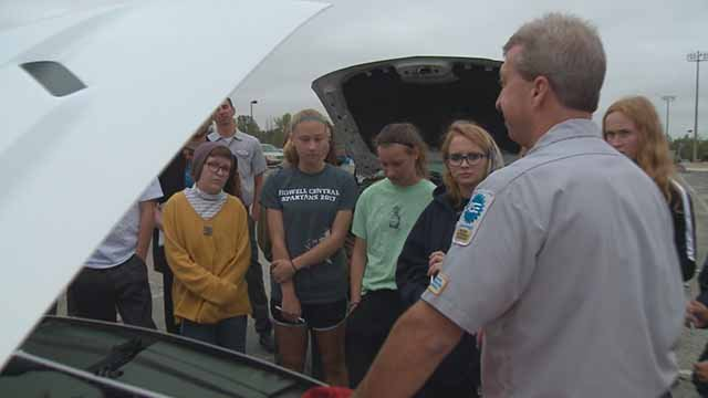 "Francis Howell Central students shown car care during ""Real World Wednesdays."" Credit: KMOV"
