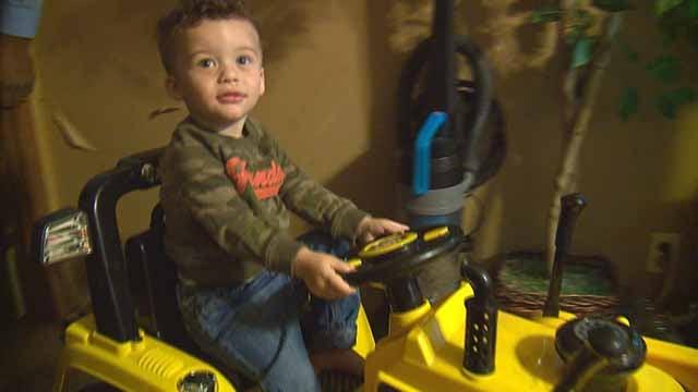 Kiana and Aaron Algire say hemp oil has helped theie son Silas. Credit: KMOV