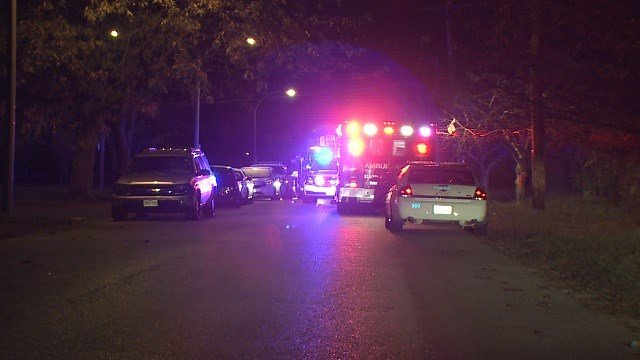 Officers responded to a shooting in the 300 block of Hill in St. Louis early Monday morning. (KMOV)