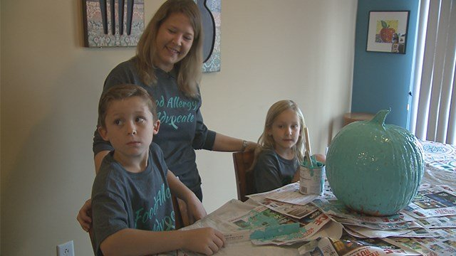 Nicole Steen and her family put out teal pumpkins every year. (Credit: KMOV)