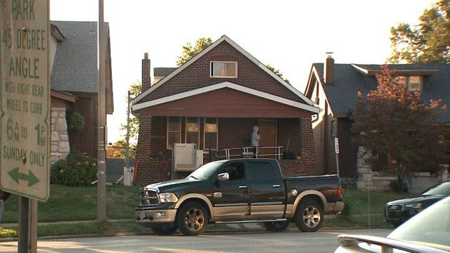 The home on South Kingshighway that was raided by police & the FBI Tuesday morning (Credit: KMOV)
