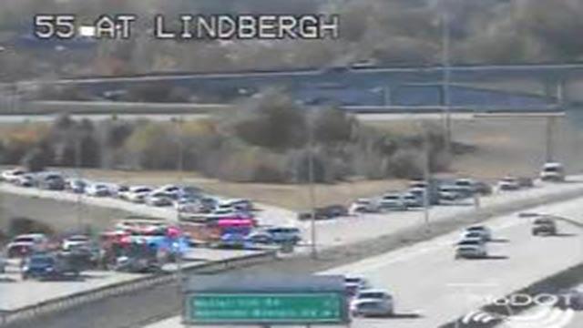 Emergency vehicles on the NB I-55 ramp to Lindbergh following a crash Thursday morning (Credit: MoDOT)