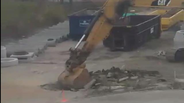 A construction crew hit a gas line on South 22nd Street Wednesday morning (Credit: KMOV)