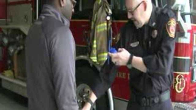 'Stop the Bleed' training (Credit: KMOV)