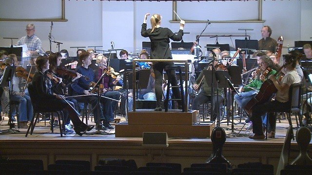 "The St. Louis Symphony to play ""Jurassic Park"" in concert. (Credit: KMOV)"