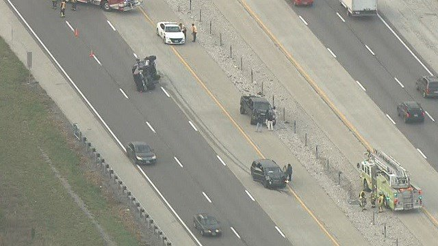 Skyzoom4 over a multi-vehicle crash on I-55 in Jefferson County Tuesday (Credit: KMOV)