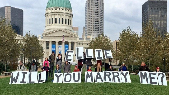 A grand romantic gesture took over the Arch grounds Tuesday. (Credit:KMOV)