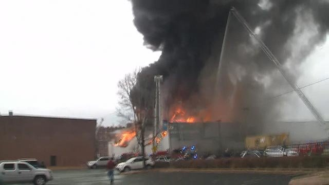 Smoke coming from a warehouse in the 3900 block of Park Avenue Wednesday (Credit: KMOV)