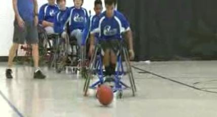 The Junior Rolling Rams wheelchair basketball team at practice (Credit: KMOV)