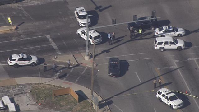 Officers in the area of Hodiamont & Page after a suspect was shot (Credit: KMOV)