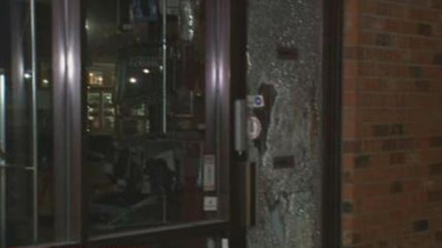 Outside of the Michaels Arms and Accessories store following an attempted break-in (Credit: KMOV)