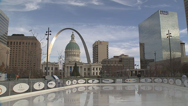 The St. Louis Blues and Gateway Arch Park Foundation teamed up to bring Winterfest at the Arch back. (Credit: KMOV)