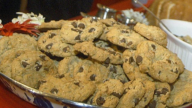 Chocolate chip cookies (Credit: AP Images)
