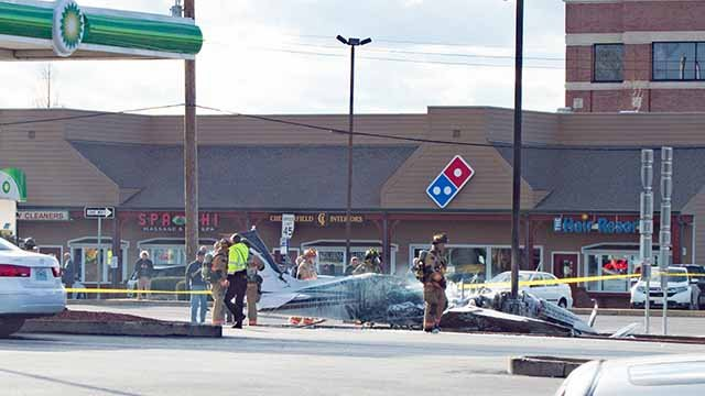 Small airplane crashes near Chesterfield gas station