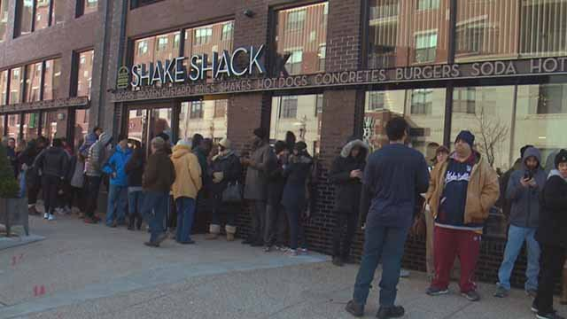 The line of people waiting to eat at Shake Shack on its opening day. Credit: KMOV