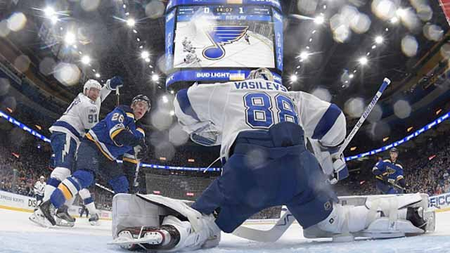 Andrei Vasilevskiy #88 of the Tampa Bay Lightning makes a save as Steven Stamkos #91 of the Tampa Bay Lightning defends against Paul Stastny #26 of the St. Louis Blues at Scottrade Center on December 12, 2017 in St. Louis, Missouri. (Scott Rovak/Getty)