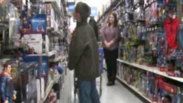 Calvin Dye Sr. took 2 Metro East boys shopping (Credit: KMOV)