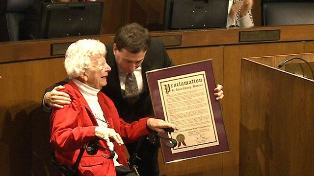 Jean Schrieber was honored Thursday for being the first female officer ever hired by St. Louis County PD (Credit: KMOV)