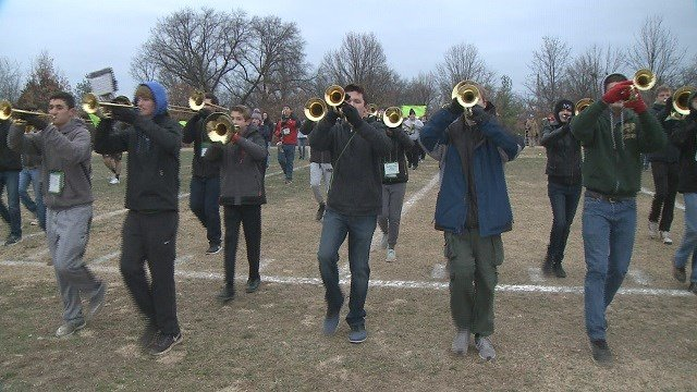 The Lindbergh High School band prepares to perform at the Rose Bowl parade in California. (Credit: KMOV)