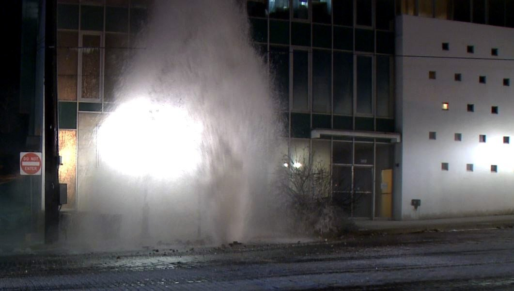 A watermain break on State Street on December 27 (Credit: KMOV)