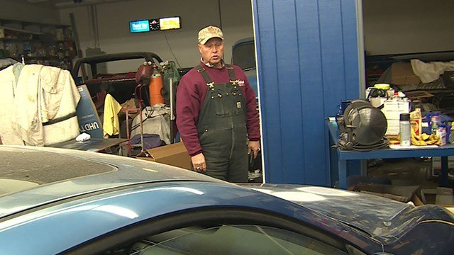 A burglar spent more than 4 hours on the property of Mike's Auto Sales in Granite City. (Credit: KMOV)