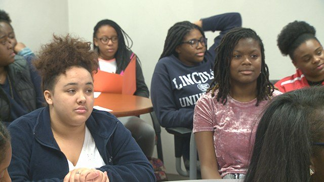 Alton high school has received its fifth student achievement grant. (Credit: KMOV)