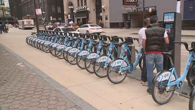 St. Louis city leaders are looking into bike sharing services. (Credit: KMOV)