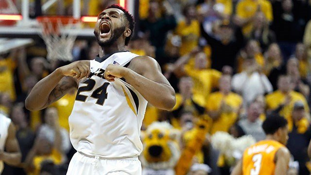 Missouri junior forward, Kevin Puryear, celebrates the victory over the Volunteers. (Credit: AP)