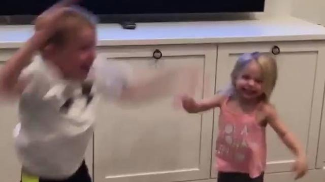 Blake Wheeler's kids celebrating his game-winning goal (Credit: 26blakewheeler / Instagram)