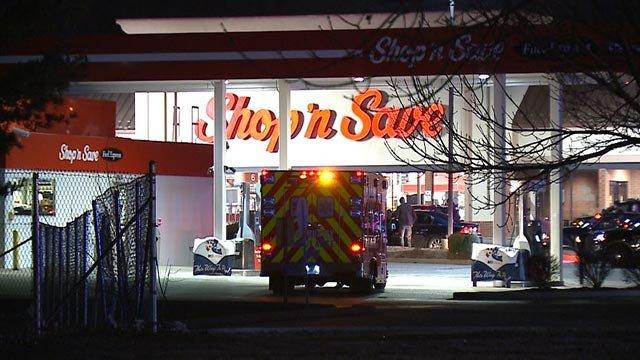 A standoff outside a St. Ann Shop 'n Save ended peacefully early Wednesday (Credit: KMOV)